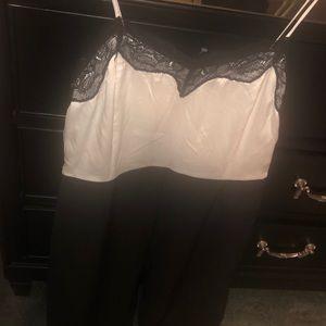 Sans souci NWT black and white jumpsuit Medium